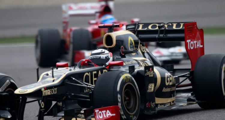 Kimi_Raikkonen-F1_GP_China_2012-02.jpg