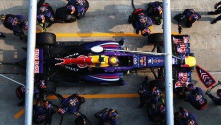 Mark_Webber-F1_GP_Malaysia_2013-04.jpg