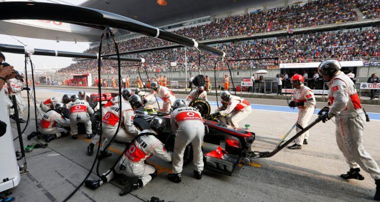 McLaren-F1_GP_China_2013-01