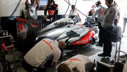 McLaren_Garage-F1_GP_China_2013-01.jpg