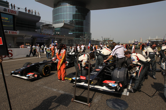 Sauber_F1_Team-F1_GP_China_2013-01