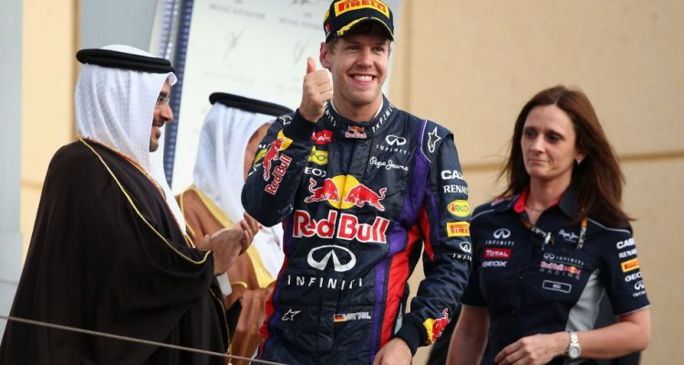 Sebastian_Vettel-F1_GP-Bahrain_2013-04.jpg