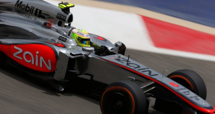 Sergio_Perez-F1_GP-Bahrain_2013-01.jpg