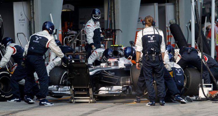 Valtteri_Bottas-F1_GP_Malaysia_2013-02.jpg