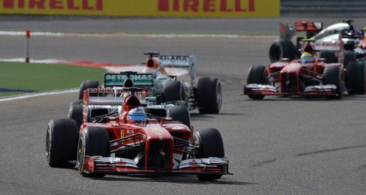 Fernando_Alonso-F1_GP-Bahrain_2013-03.jpg