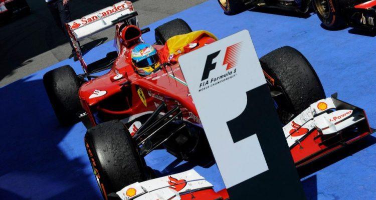 Fernando_AlonsoF1_GPSpain_2013S03.jpg
