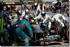 Lewis Hamilton-Spanish_GP_2013-S02