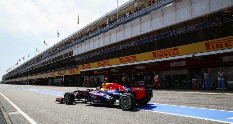 Sebastian_VettelF1_GPSpain_2013S01.jpg