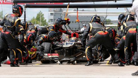Kimi-Raikkonen-Canadian_GP-PitStop.jpg