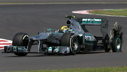 Lewis_Hamilton-British_GP-Tyre_BlowUp.jpg