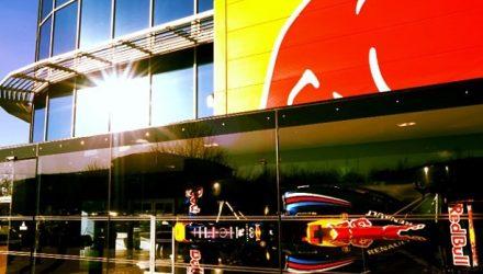 Red_Bull-Motorhome.jpg