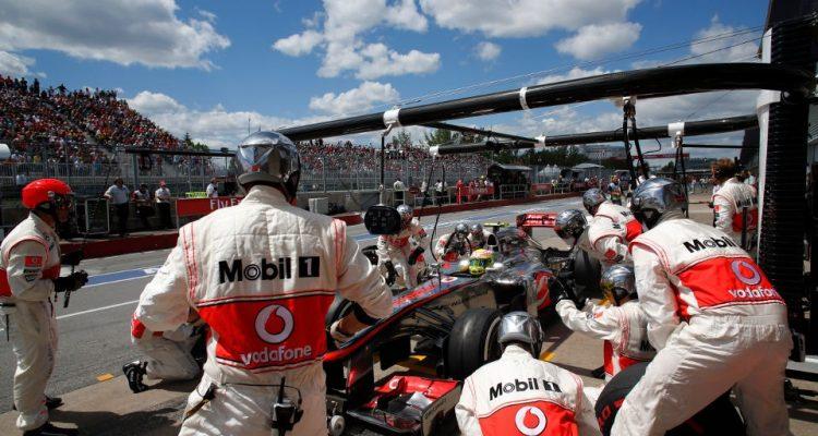 Sergio_Perez-Canadian_GP-PitStop.jpg