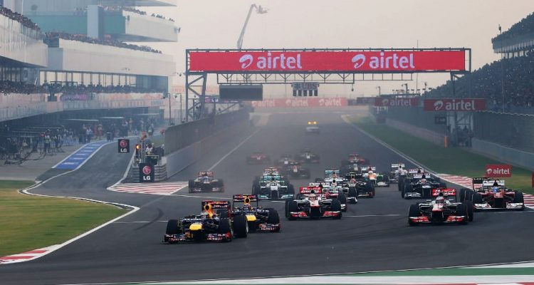 Buddh-International-Circuit-F1-Race_Start_2012.jpg