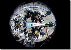 Lewis_Hamilton-German_GP-PitStop