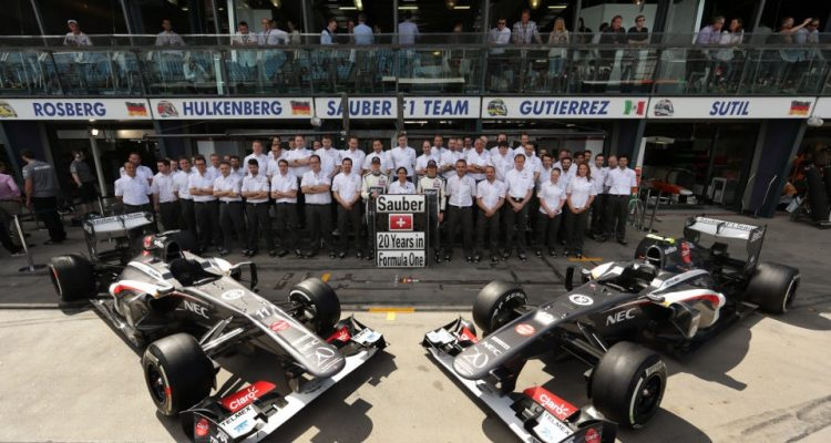 Sauber_F1_Team-20_Years_of_Formula_1.jpg