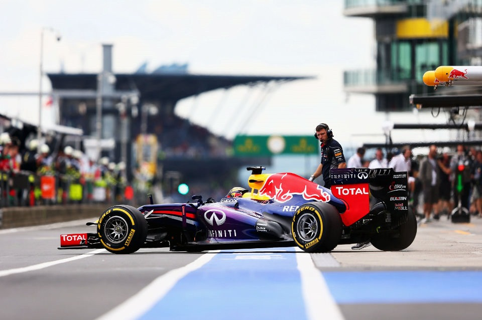 Vettel not interested in his new teammate - The F1 News