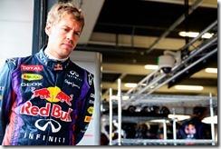 Sebastian_Vettel-PitWalk