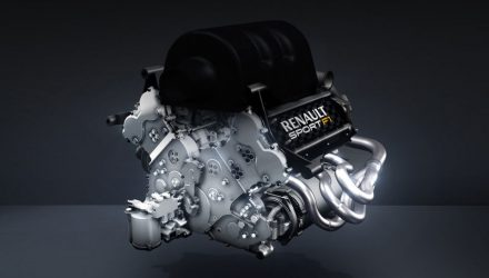Renault-F1-2014-V6-Power_Unit.jpg