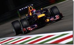 Sebastian_Vettel-Italian_GP-Winner
