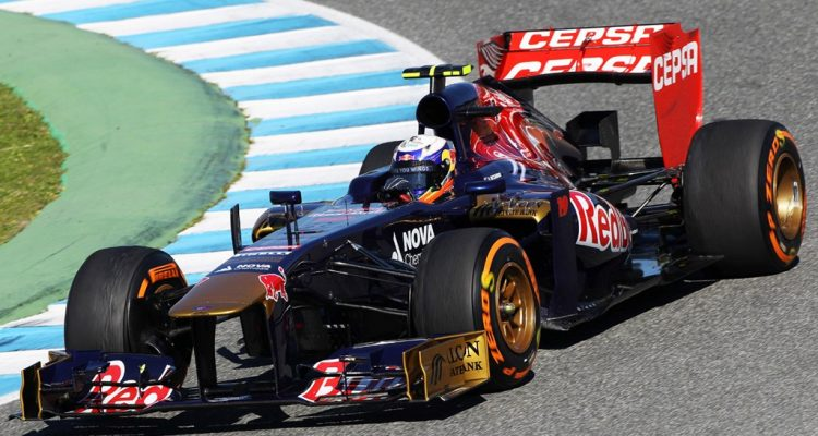 Toro-Rosso_STR8-2013.jpg