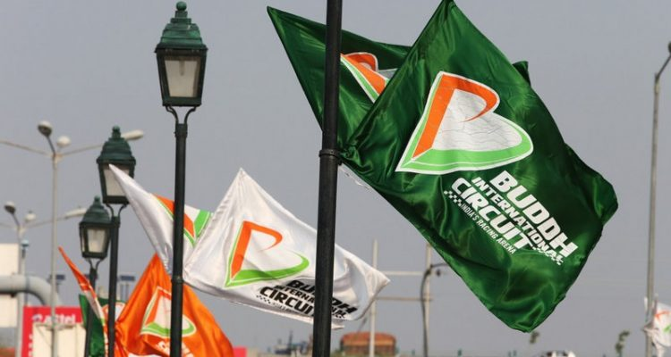 Buddh_International_Circuit-Flags.jpg