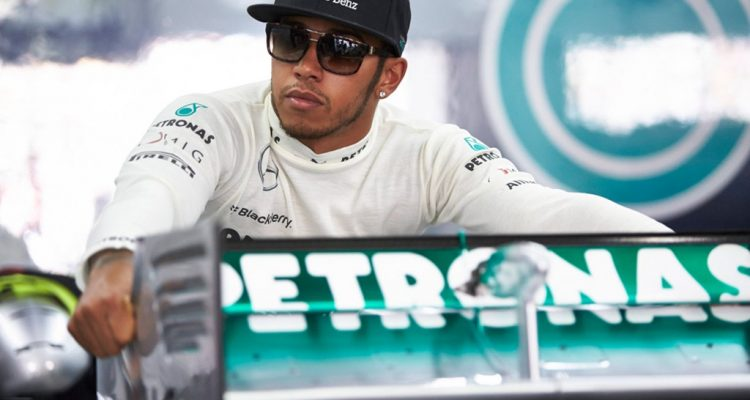 Lewis_Hamilton-Japanese_GP-P01.jpg