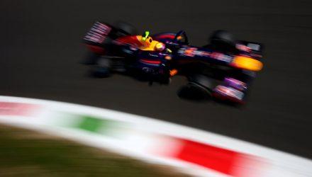 Mark_Webber-Italian_GP-R02.jpg