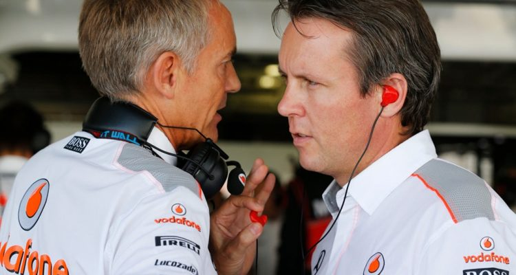 Martin_Whitmarsh-and-Sam_Michaels-McLaren.jpg