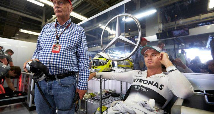 Mercedes_GP-Garage-Japanese_GP.jpg