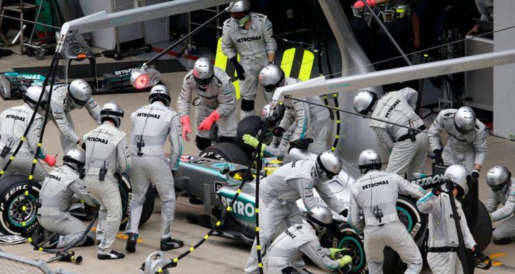 Mercedes_GP-PitStop.jpg