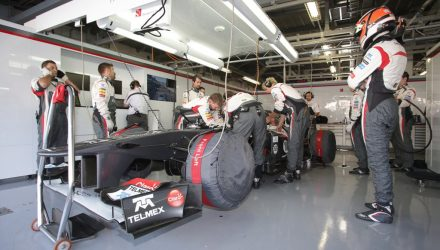 Nico_Hulkenberg-Japanese_GP-Garage.jpg