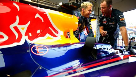 Sebastian_Vettel-Red_Bull-Garage