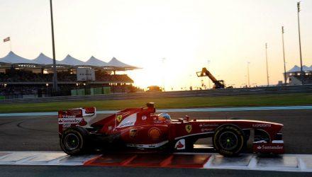Fernando_Alonso-Abu_Dhabi-GP-R02.jpg