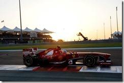 Fernando_Alonso-Abu_Dhabi-GP-R02