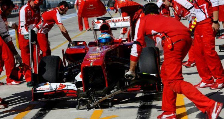 Fernando_Alonso-U.S.-GP-R02.jpg
