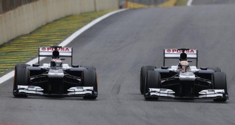 Pastor_Maldonado_Brazilian_GP-R02.jpg