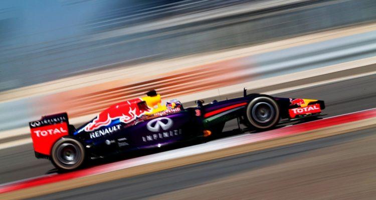 Daniel_Ricciardo-Bahrain_tests-T01.jpg