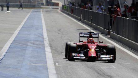 Kimi_Raikkonen-Bahrain_tests-S02.jpg