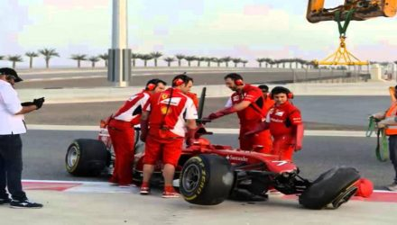 Kimi_Raikkonen-Crash_Bahrain_tests.jpg