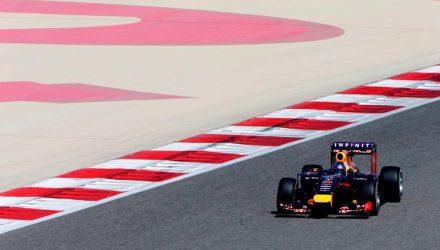 Sebastian_Vettel-Bahrain_tests-T02.jpg