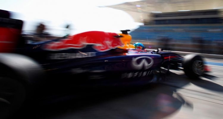 Sebastian_Vettel-RB10-Bahrain_Tests.jpg
