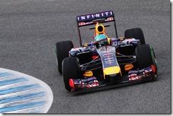 Sebastian_Vettel-RB10-Jerez
