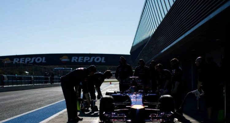 Toro_Rosso-Jerez-T01.jpg