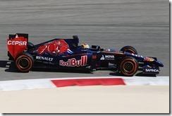 Toro_Rosso-STR9-Bahrain_test-3