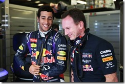 Christian_Horner-with-Daniel_Ricciardo-Australian_GP-2014