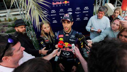 Daniel_Ricciardo-Bahrain_tests-F02.jpg