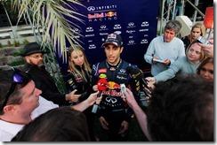 Daniel_Ricciardo-Bahrain_tests-F02
