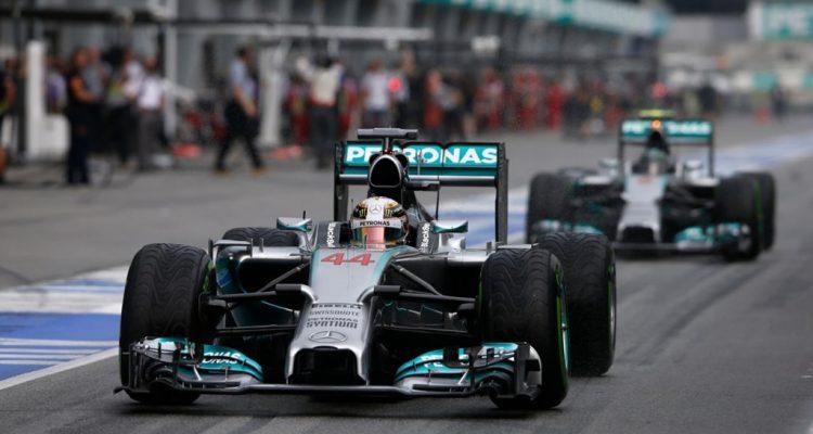 Lewis_Hamilton-Malaysian_GP-2014-Q01.jpg