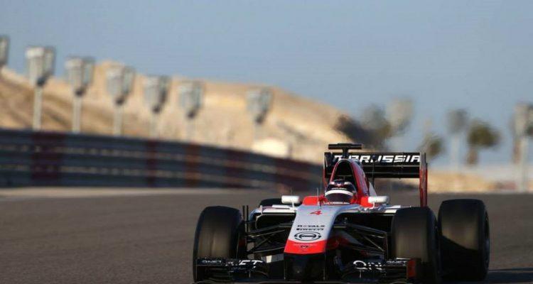 Max_Chilton-Marrusia-Bahrain_tests.jpg
