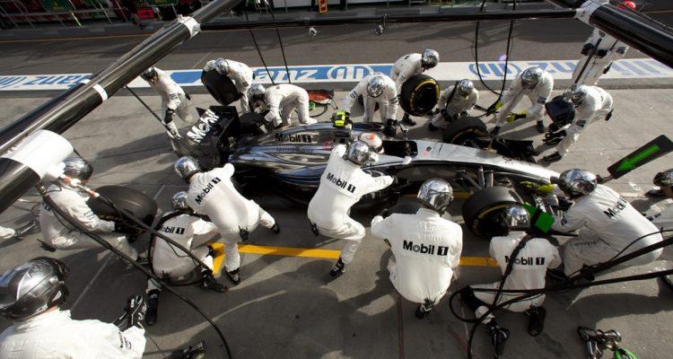 McLaren-MP4-29-PitStop.jpg